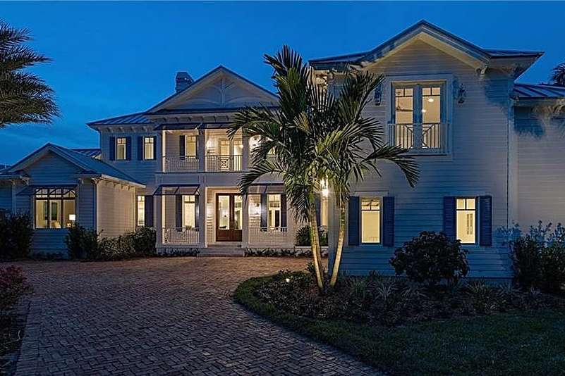 Beautiful 2 Story Custom Home